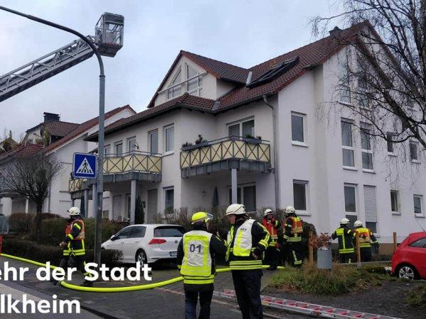 Feuer in Mehrfamilienhaus