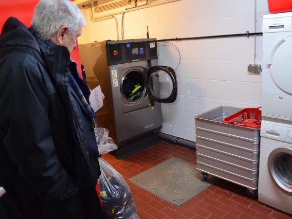 Neues Waschsystem für die Feuerwehr Kelkheim