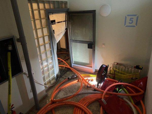 Feuer in Gebäude – Menschenleben in Gefahr
